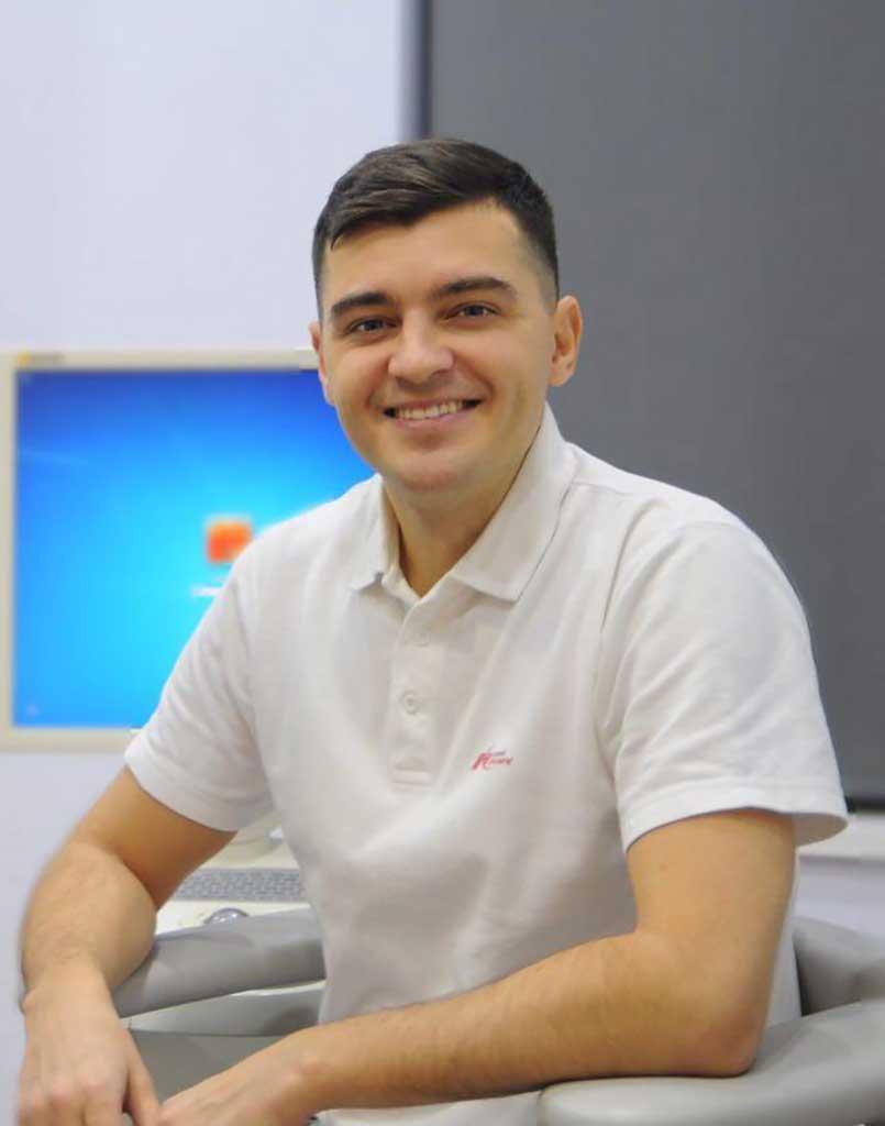 Ulyanchenko-805x1024